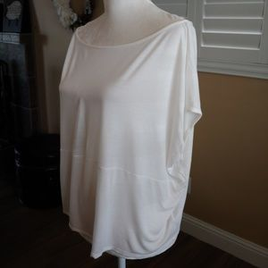 Willow & Clay White Short Sleeve Dolman Top Large